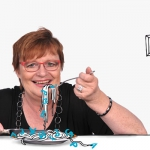 Biggi isst Textspaghetti mit Buchstabensauce